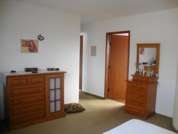 Casa de 3 dormitórios em São Sebastião, Porto Alegre - RS
