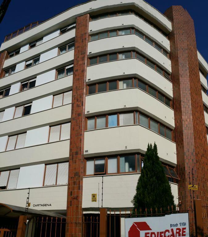 Cobertura de 3 dormitórios à venda em São João, Porto Alegre - RS