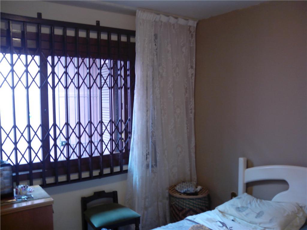 Casa de 3 dormitórios em Serraria, Porto Alegre - RS