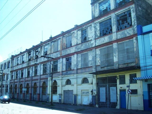 Terreno à venda em Floresta, Porto Alegre - RS