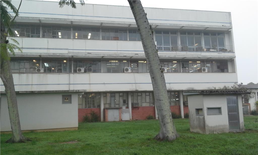 Prédio em São João, Porto Alegre - RS