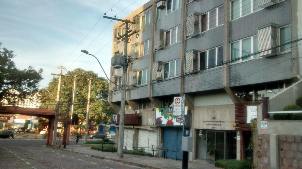 Sala à venda em Tristeza, Porto Alegre - RS