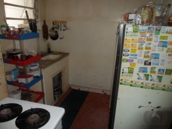 Apartamento de 1 dormitório em Floresta, Porto Alegre - RS
