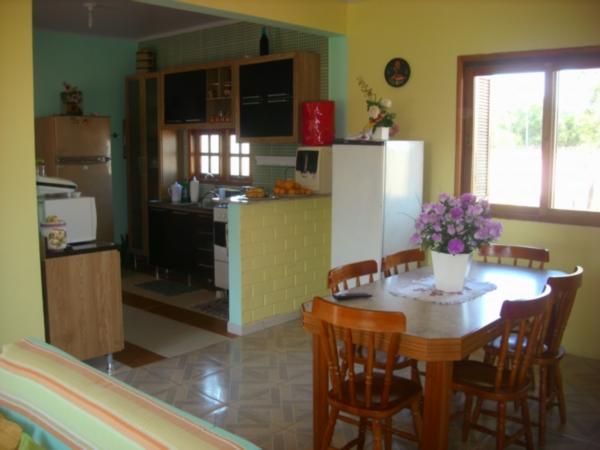 Casa de 2 dormitórios à venda em Águas Claras, Viamão - RS