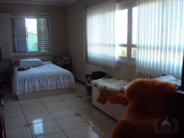 Casa de 5 dormitórios à venda em Partenon, Porto Alegre - RS