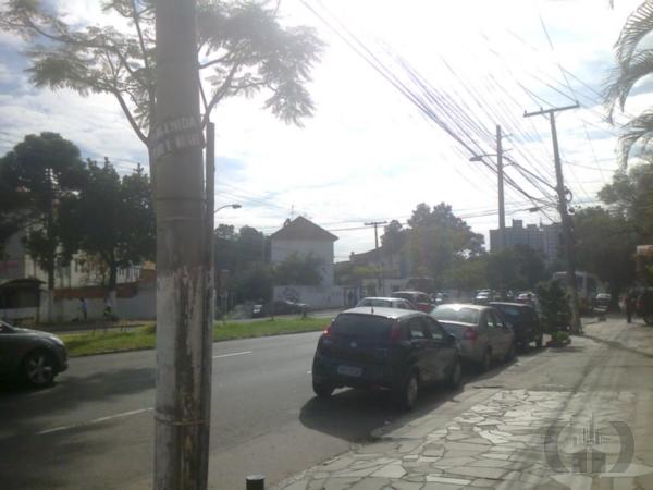 Prédio em Higienópolis, Porto Alegre - RS