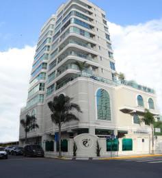 Apartamento residencial à venda, Centro, Itajaí - AP0516. de AMDG Imóveis.'