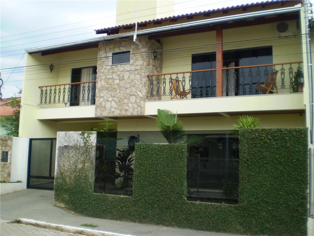 Sobrado residencial à venda, Fazenda, Itajaí - SO0079.