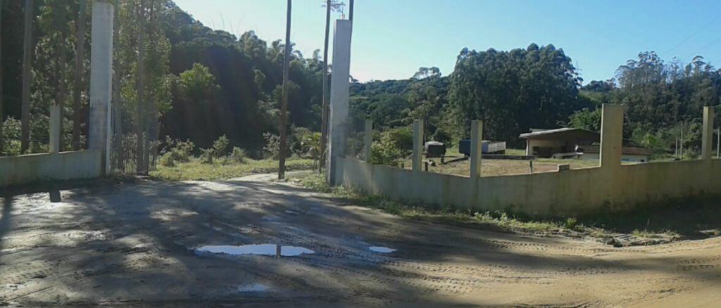 Área residencial à venda, Zona Rural, Camboriú - AR0015.