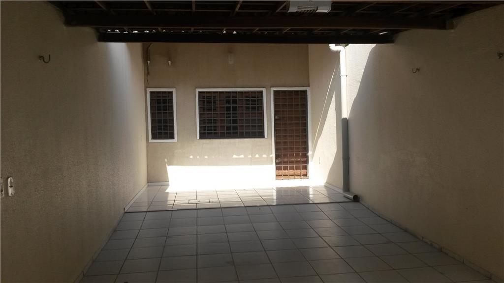 Casa duplex para venda com 02 quartos no Parque Montenegro I, em Fortaleza-CE