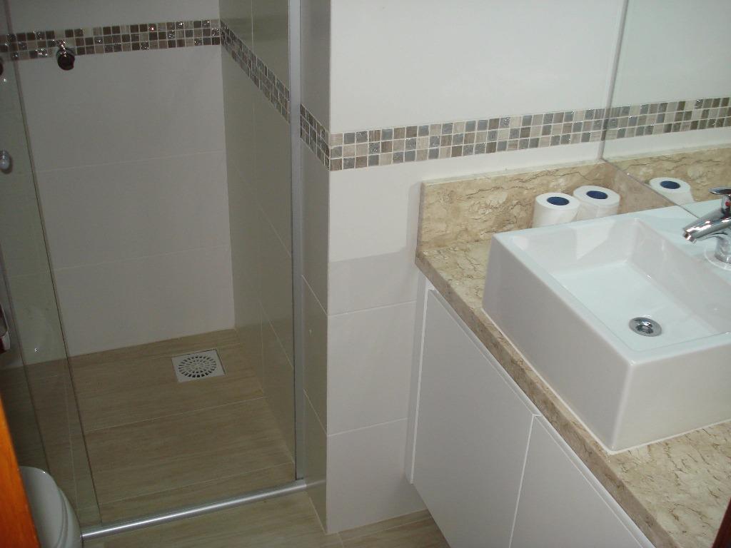 Apartamento de 3 dormitórios à venda em Piratini, Gramado - RS