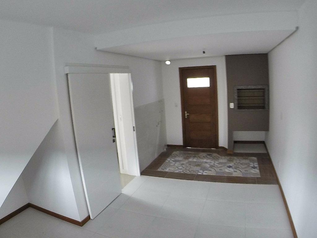 Casa de 2 dormitórios à venda em Centro, Canela - RS