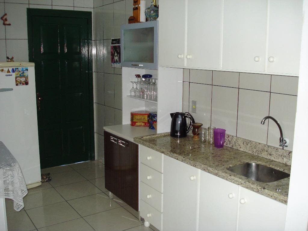 Casa de 2 dormitórios em Várzea Grande, Gramado - RS