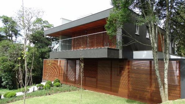 Casa de 4 dormitórios em Mato Queimado, Gramado - RS