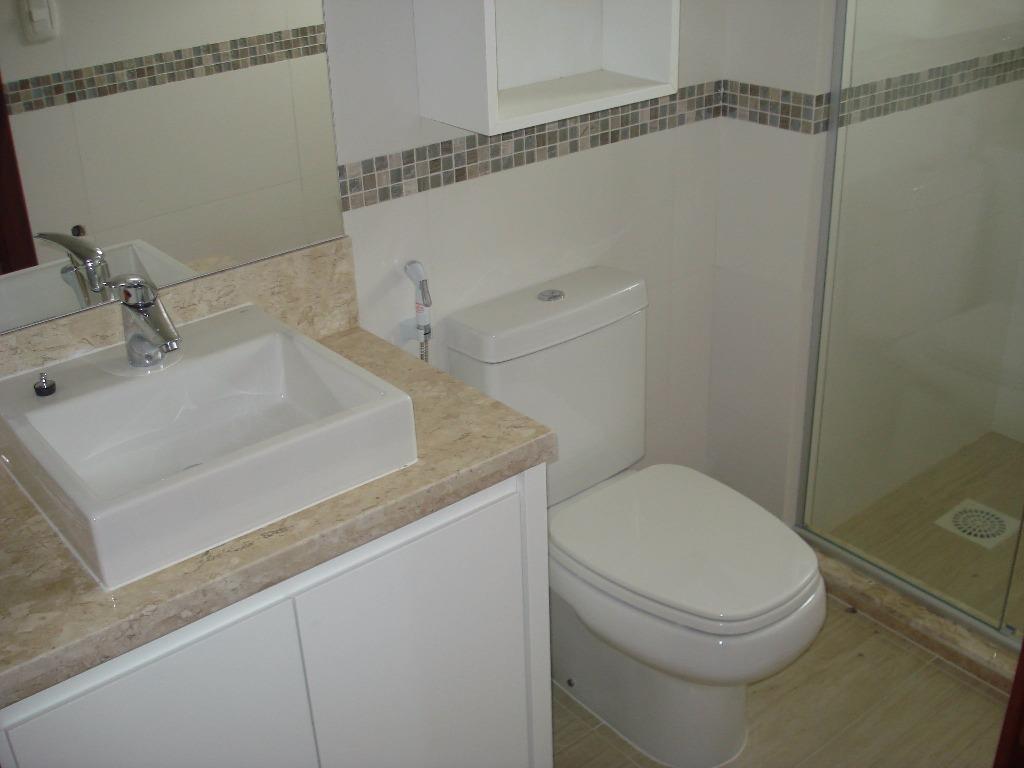 Apartamento de 3 dormitórios em Piratini, Gramado - RS