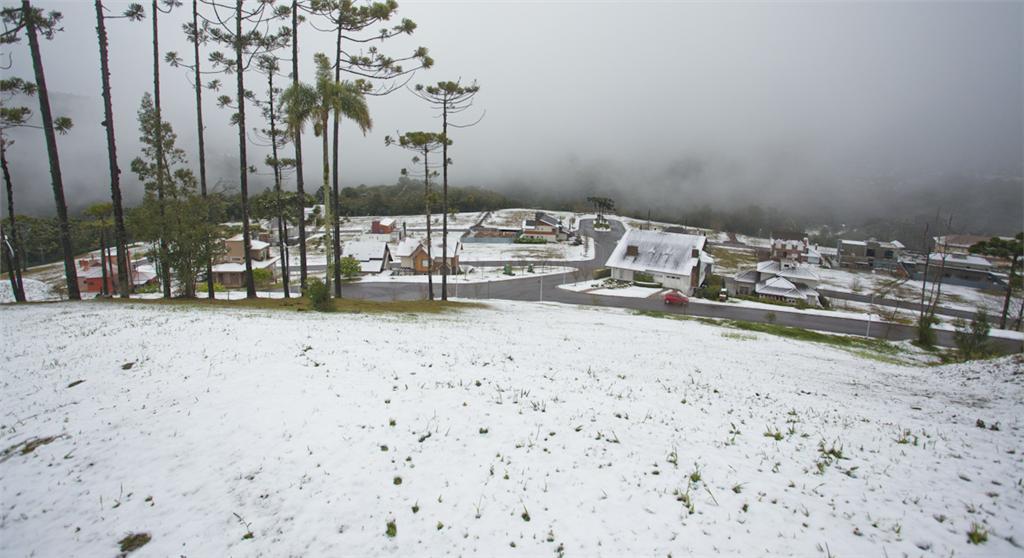 Terreno em Prinstrop, Gramado - RS