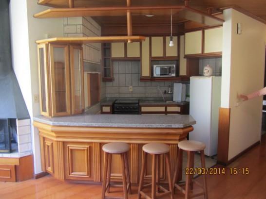Casa de 3 dormitórios em Vila Suzana, Canela - RS