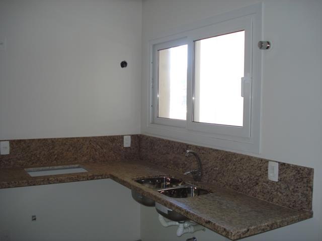 Apartamento de 3 dormitórios em Planalto, Gramado - RS