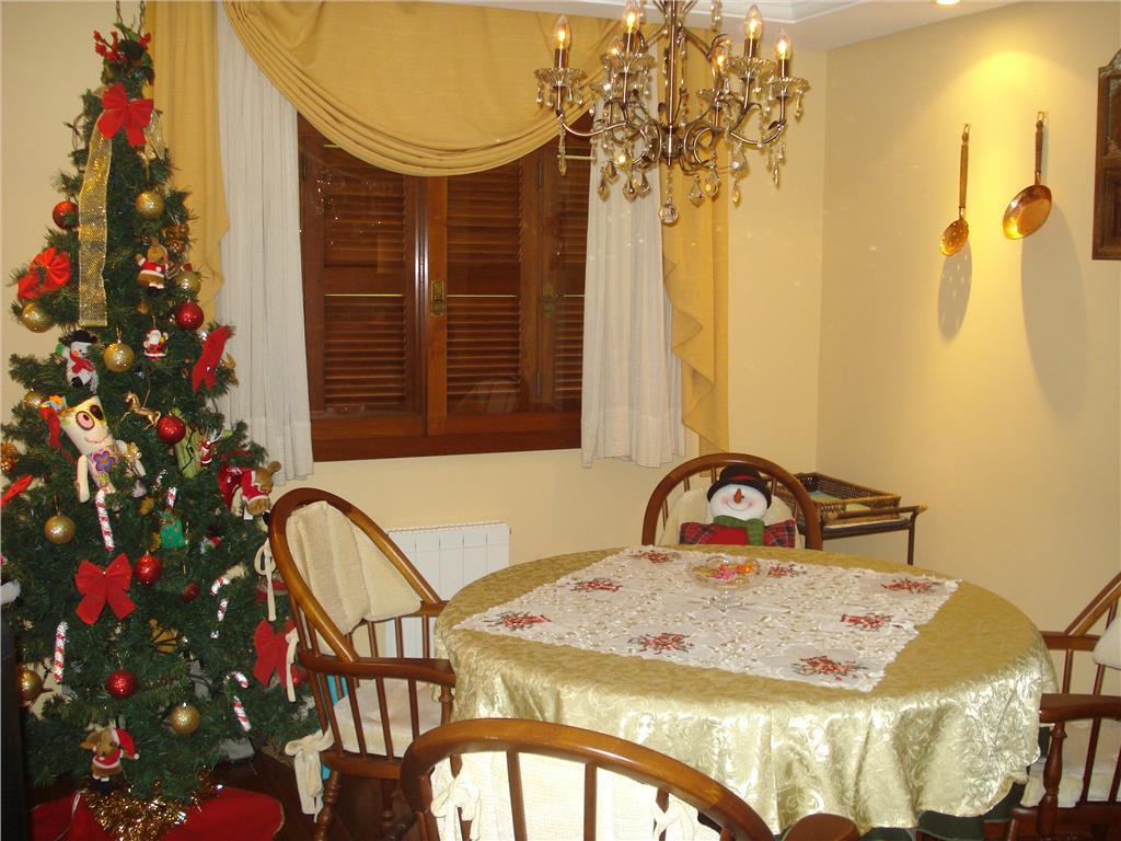Apartamento Duplex de 4 dormitórios à venda em Bavária, Gramado - RS