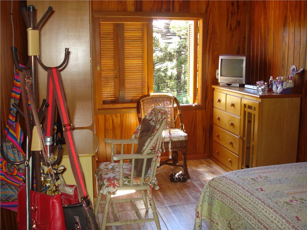 Casa de 3 dormitórios em Prinstrop, Gramado - RS