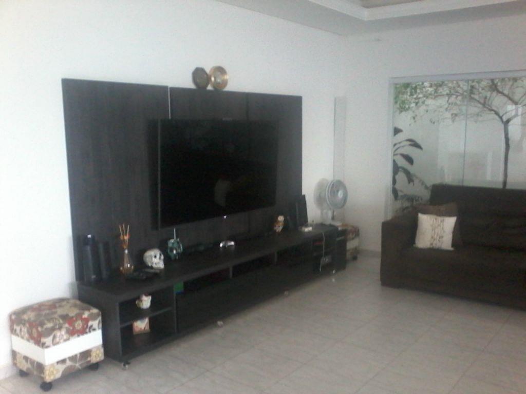 Total Imóveis - Casa 2 Dorm, Wanel Ville, Sorocaba