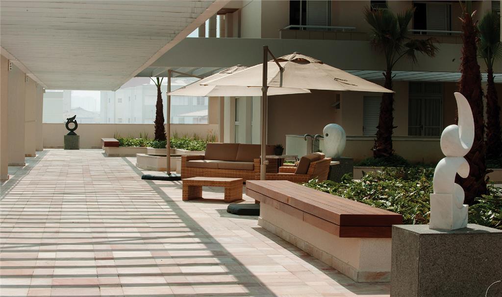 3 suítes totalmente mobiliado, novo com terraço gourmet e 2
