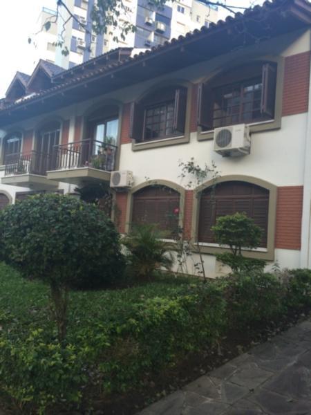 02 dormit�rios, pr�ximo a Anita Garibaldi, localizado em rua calma! Apartamento t�rreo de 70 m2, pronto para morar - sala ampla, cozinha americana, dois qu. (Clique para ver)