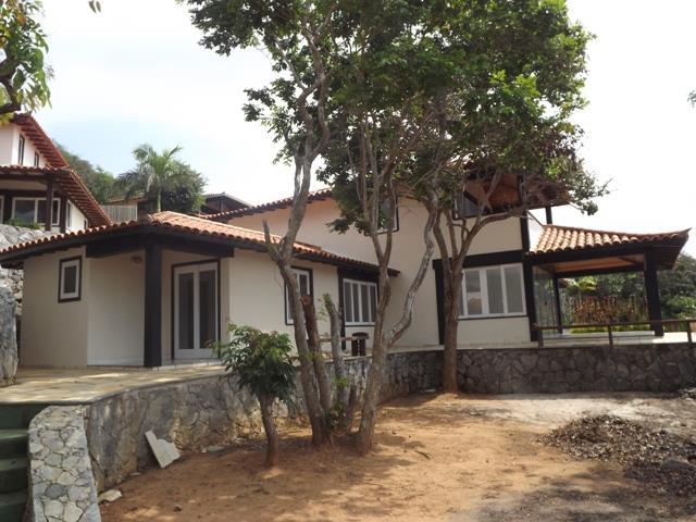 Casa em Ferradura  -  Armação dos Búzios - RJ