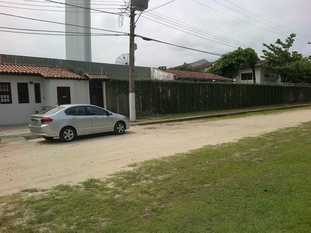 Sobrado de 3 dormitórios em Indaiá, Bertioga - SP