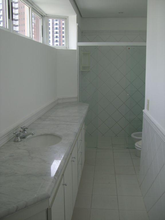Cobertura de 4 dormitórios em Panamby, São Paulo - SP