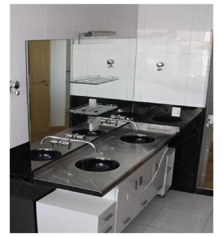 Casa de 5 dormitórios em Bosque Da Saúde, São Paulo - SP