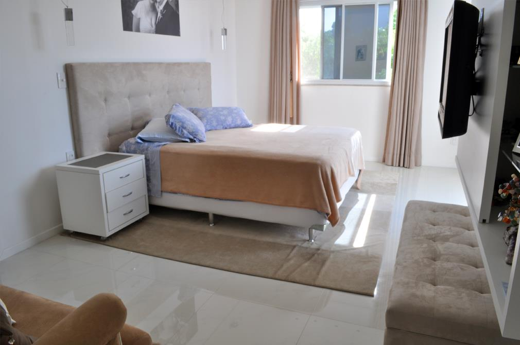 Cobertura de 3 dormitórios em Balneário São Francisco, São Paulo - SP