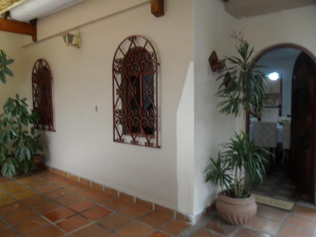 Casa de 3 dormitórios à venda em Jardim Santa Cruz (Campo Grande), São Paulo - SP