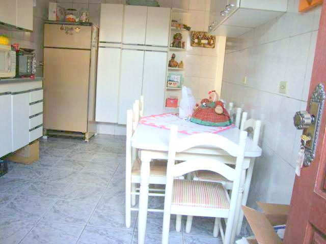 Casa de 3 dormitórios em Vila Campestre, São Paulo - SP
