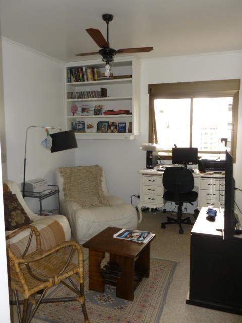 Apartamento de 4 dormitórios à venda em Real Parque, São Paulo - SP