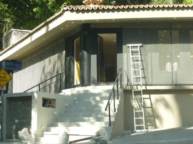 Apartamento de 4 dormitórios em Real Parque, São Paulo - SP