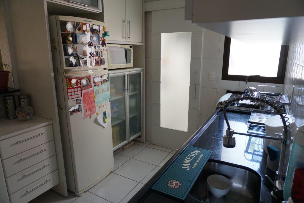 Apartamento de 3 dormitórios à venda em Vila Olímpia, São Paulo - SP