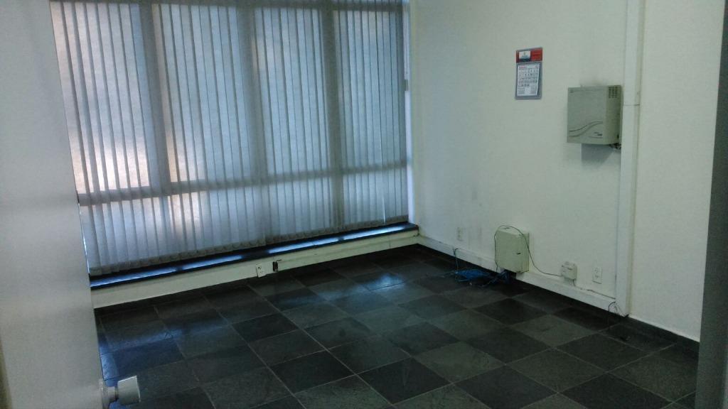 Sala comercial para locação, Centro, Bragança Paulista - SA0022.