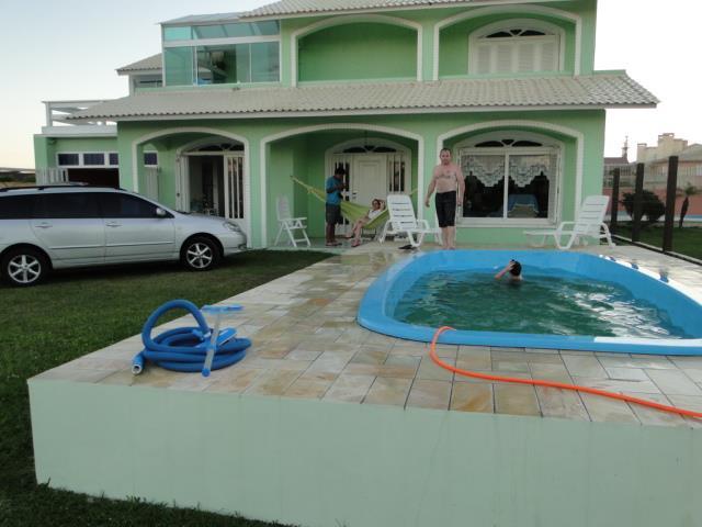 Sobrado residencial à venda, Zona Nova, Tramandaí.