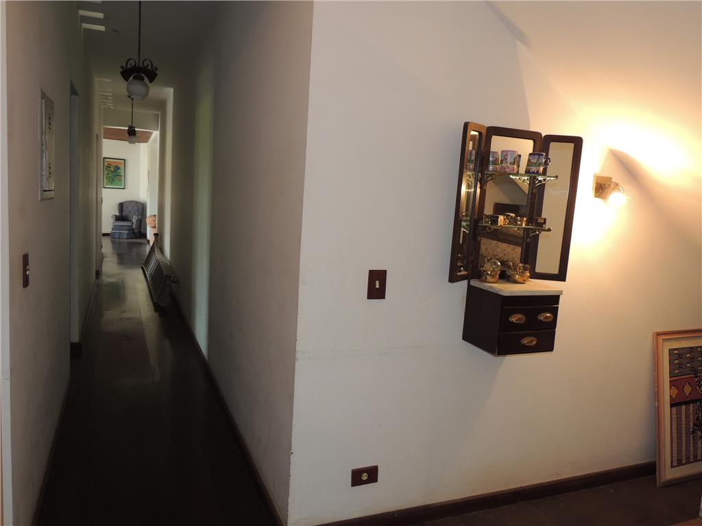 Casa de 5 dormitórios em Alpes Dos Araçás (Jordanésia), Cajamar - SP
