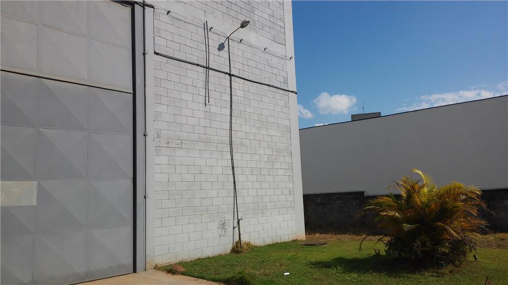 Galpão à venda em Portal Dos Ipês Ii, Cajamar - SP