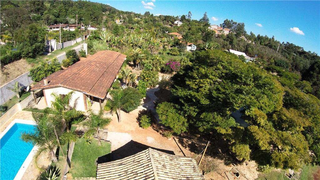 Chácara de 5 dormitórios em Ponunduva, Cajamar - SP