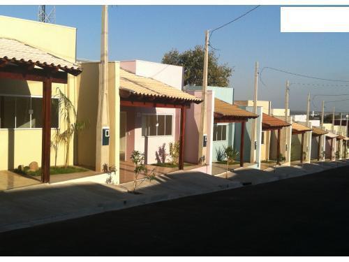 Casa residencial à venda em Condomínio Fechado, Parque Santa