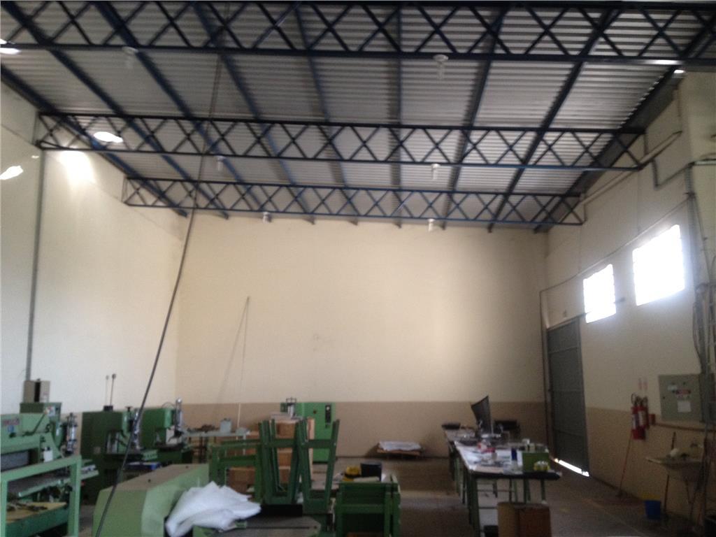 Barracão  comercial para locação, Distrito Industrial
