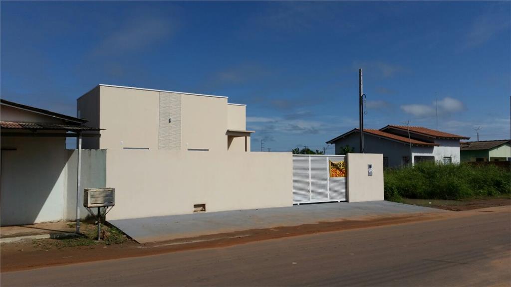 Casa Apta a financiar no bairro Cidade Satélite de Roraima Imóveis Consultoria e Construções.'