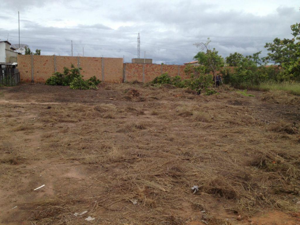 2 terrenos, um ao lado do outro, no Bairro Cidade Universitá de Roraima Imóveis Consultoria e Construções.'