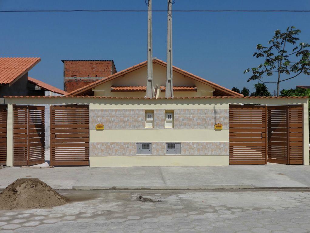 Casa  residencial à venda, Jardim Magalhães, Itanhaém. de Vetter Consultores de Imóveis.'