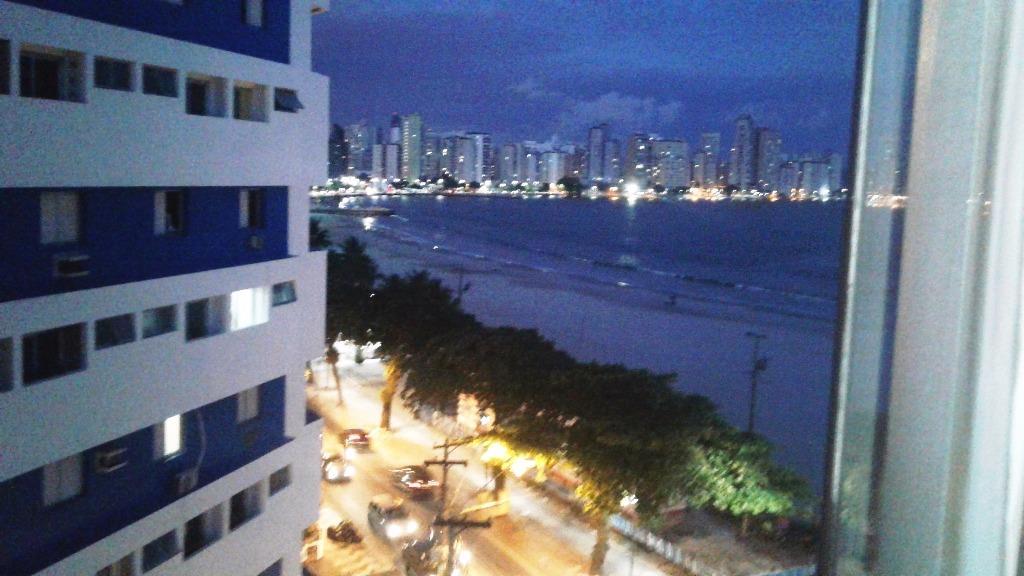 Kitnet residencial à venda, Centro, São Vicente. de Vetter Consultores de Imóveis.'