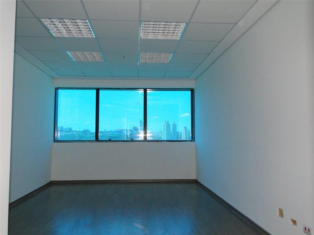 Locação - Sala comercial 23m² no Centro de Taboão da Serra de Coldwell Banker Azure Negócios Imobiliários