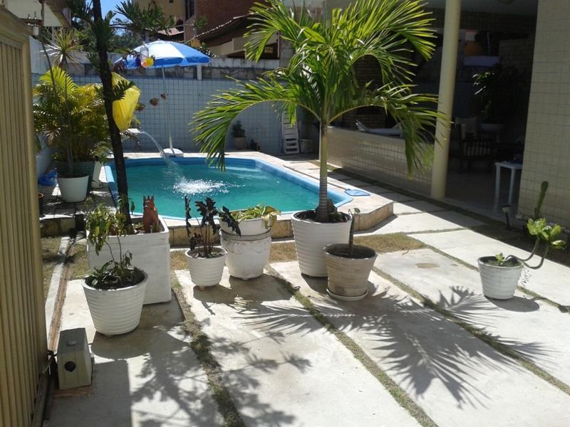Casa com 3 dormitórios à venda, 215 m² por R$ 790.000 - Jardim Oceania - João Pessoa/PB